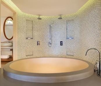 St Regis suite3